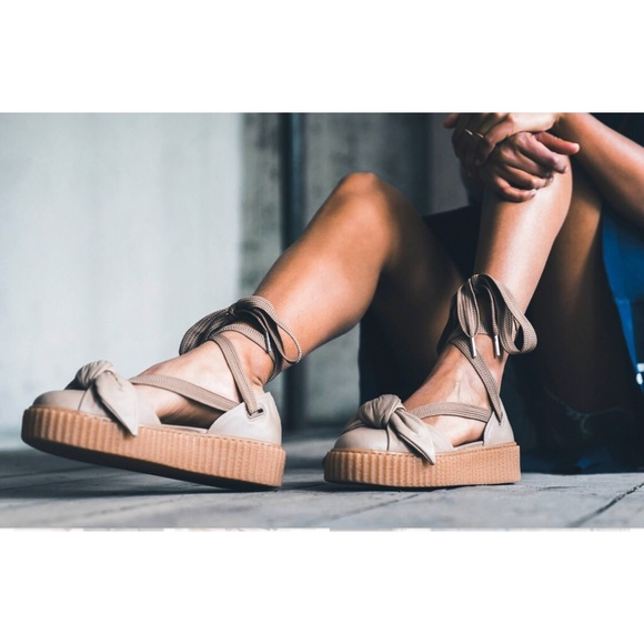 new arrival 8da73 65440 PUMA X FENTY by Rihanna bow creeper sandals NWT
